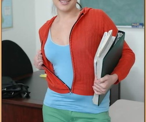 Curvy teacher Jersey Cummings unveils her body & gets..