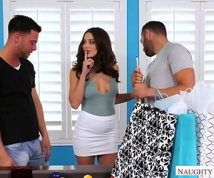 LANA RHOADES THREESOMECHEATS & Pounds 2 Dudes