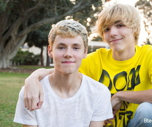 Gay twink jamie ray and bryce foster set puppy string up -..