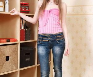 Skinny teen Juliya showcases her tight slit after shaking..