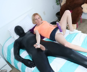 Little youthful Alyssa Hart toys cunt with hitachi giving..