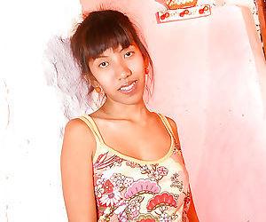 Non nude Asian amateur Linny..