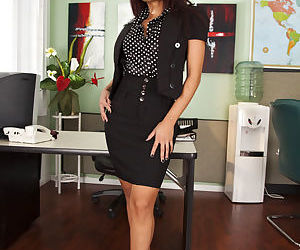 Adorable office babe Kaylani Lei..
