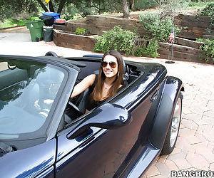 Big booty babe Eva Lovia show off..