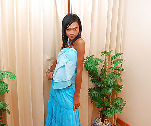 Beautiful Asian tranny Mint..