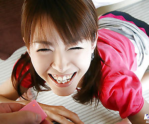 Nasty asian sweetie gives a..