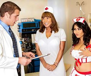 Asian nurse Jessica Bangkok gets..