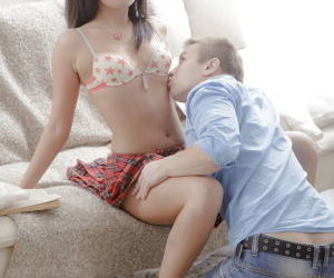 Asian schoolgirl Miranda gets her..