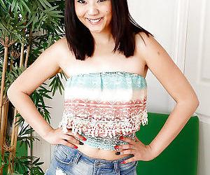 Asian first timer Miko Dai..