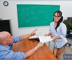 Asian schoolgirl Asa Akira..