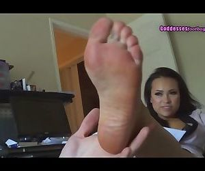 Foot slave of dominant asian beauty