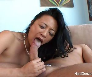 Asian MILF Lucky Starr loves to..