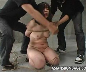 Japanese girl whipped and bound -..