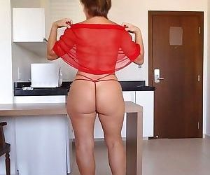 Mature Auburn Milf Big Ass