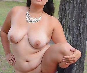 Valeria Mcdougall