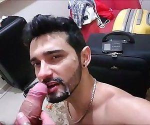 Boquete amador puto mamando picagaysvideotubes.com