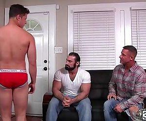 Big hunky man Jaxton Wheeler accepts Nicoli Cole sweet ass..