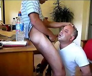 Daddy gets face fucked Porn Video imagemaker1 480 600..