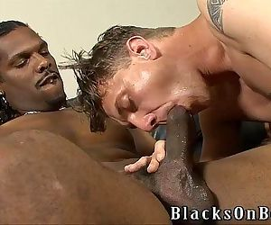 Kody Rean Gets His Ass Pummeled By A Black GuyHD