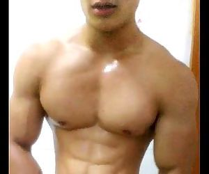 China chinese gay muscle guy young man amateur selfie solo..