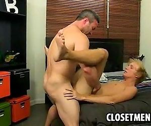 Muscular older man fucks young twink in his ass
