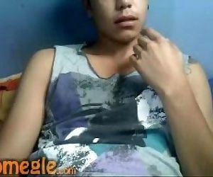 chileno hot masturbando solo boy