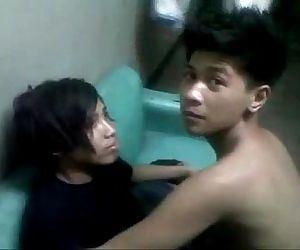 pinoy teen emo kiss