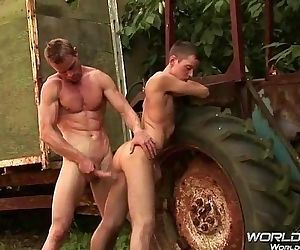 Gay friends make love and cum a lot www.gays18.webcam