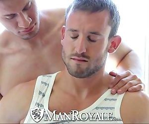 ManRoyale Cute guy gets massaged and fuckedHD