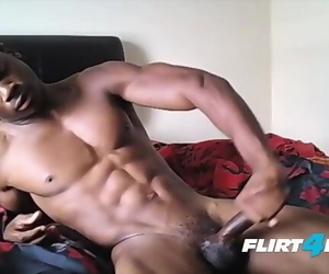 Fit Ebony Stud Flexes his Hot Body and BBC