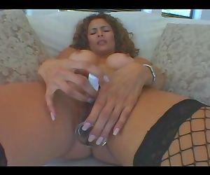 New Wave Latinas Hot MILF Monique..