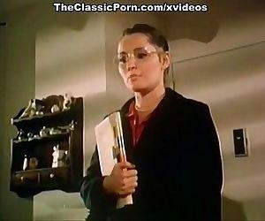 How to seduce professor in classic porn movie