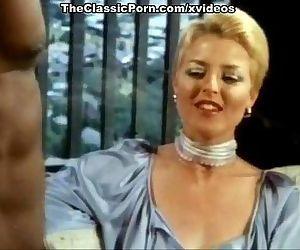 Aunt Pegs blonde star