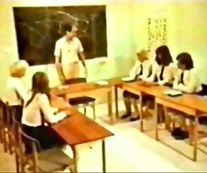 Schoolgirl OrgyVintage, Retro