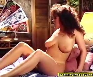 Sexy 80s porn chick kinky 3some