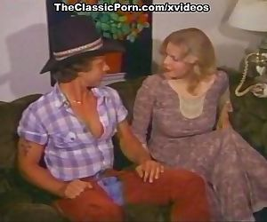 Connie Peterson, Rhonda Jo Petty, Susan Nero in classic fuck video