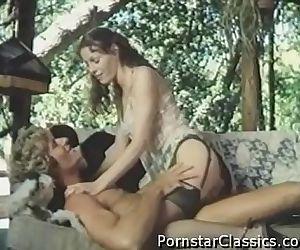 Classic Porn Star Annette Haven-2