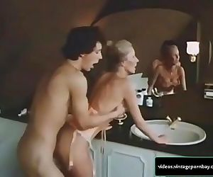 Classic Stepmother and Son Fucking in their Bathroom 1 min 32 sec