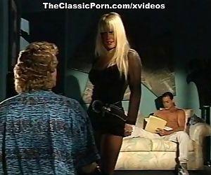 Alexandra Quinn, Carolyn Monroe, Savannah in classic porn clip