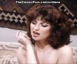 Chelsea Blake, Kelly Nichols, Eric Edwards in hard threesome fuck from the eight
