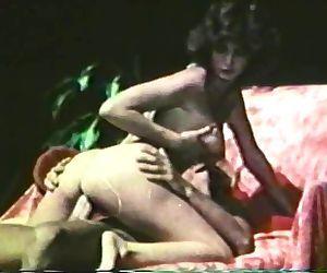Peepshow Loops 98 70s and 80s - Scene 1
