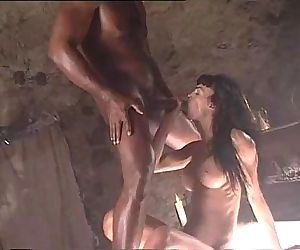 Interracial porn scene with Venere Bianca and a black cock