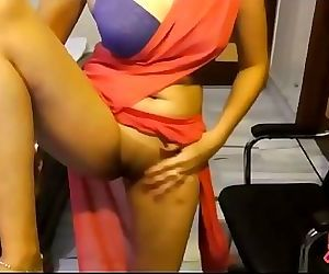 Indian Punjabi College Girl In Sari Exposing Clean Pussy 2 min HD