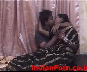 Leaked video of newly married sexy bangla bhabi with nice bush 13 mins - 13 min