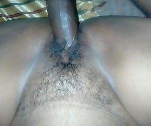 desi indian sexy sandhya bhabhi ki chout me land - 28 sec