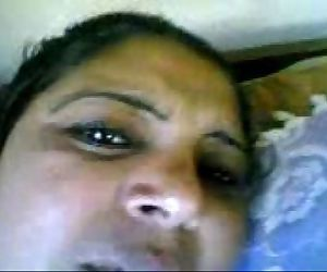 mallu indian aunty with hubby - 2 min