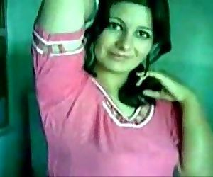 Indian very beautiful girl sex in arab - 8 min