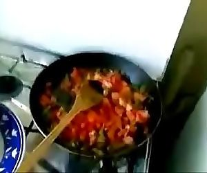 Desi bhabhi sucking while cooking 12 min