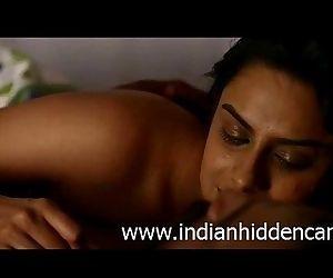 Bollywood Indian Actress Neha Mahajan Nude - IndianHiddenCams.com - 2 min