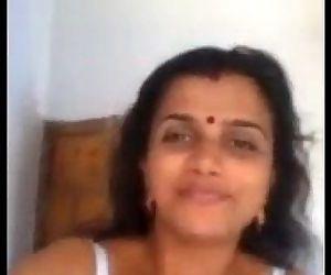 Indian Hot Mallu Aunty Nude Selfie And Fingering For Boyfriend - Wowmoyback - 2 min